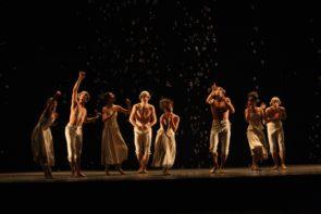 Water Game di Matteo Levaggi, Walking Mad di Johan Inger, Sechs Tänze di Jiri Kylián. Online il Trittico contemporaneo del Teatro Massimo di Palermo