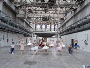 22 neodiplomati alla Scuola di ballo dell'Accademia Teatro alla Scala