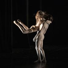 La MM Contemporary Dance Company con Love Poems e le coreografie di Maguy Marin, Roberto Tedesco e Michele Merola al Civitanova Danza Festival