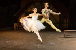 Giselle con gli scaligeri Nicoletta Manni e Timofej Andrijashenko e il Corpo di Ballo del Teatro Massimo di Palermo online sulla webTv del Teatro